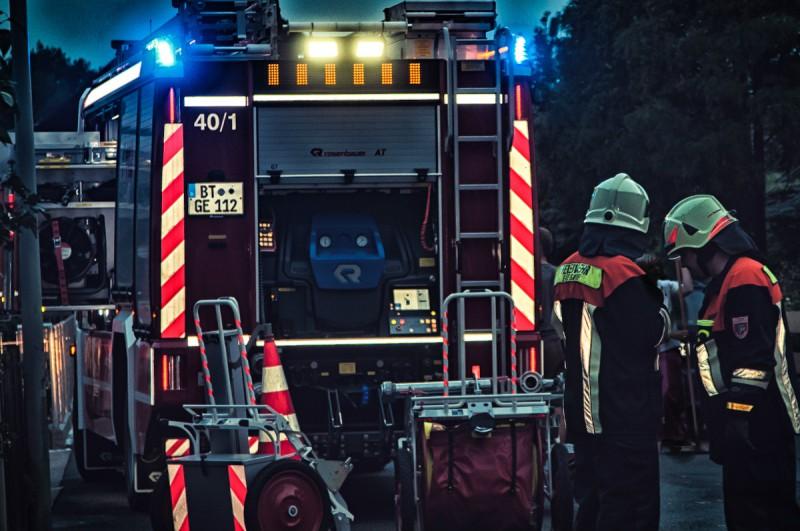 Bereits einen Tag nach seiner offiziellen Einweihung wurde das neue Hilfeleistungslöschgruppenfahrzeug (HLF) 20/16 der Feuerwehr Eckersdorf für den Ernstfall benötigt.