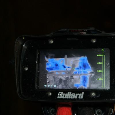 Mittels mehrerer Wärmebildkameras wurden die Temperaturen im Dachstuhl gemessen